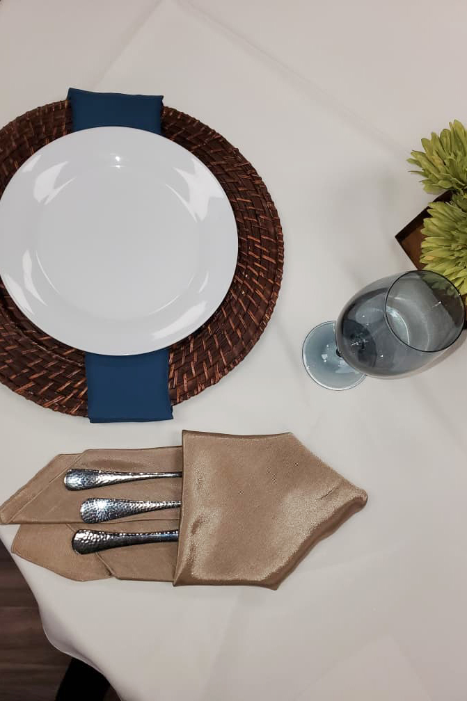 Table Setting Blue and Brown
